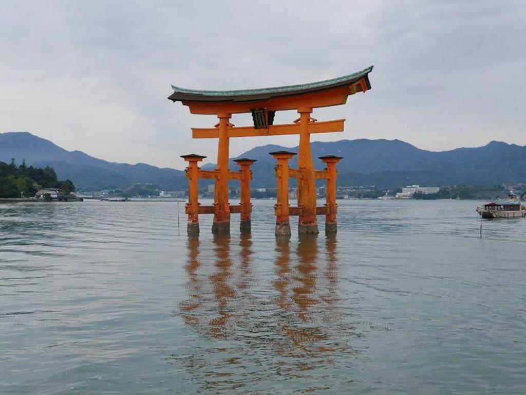 5 Alasan Kamu Harus Coba Liburan ke Hiroshima