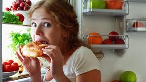 Pernah Merasa Lapar di Malam Hari? Bisa Jadi Ini Penyebabnya