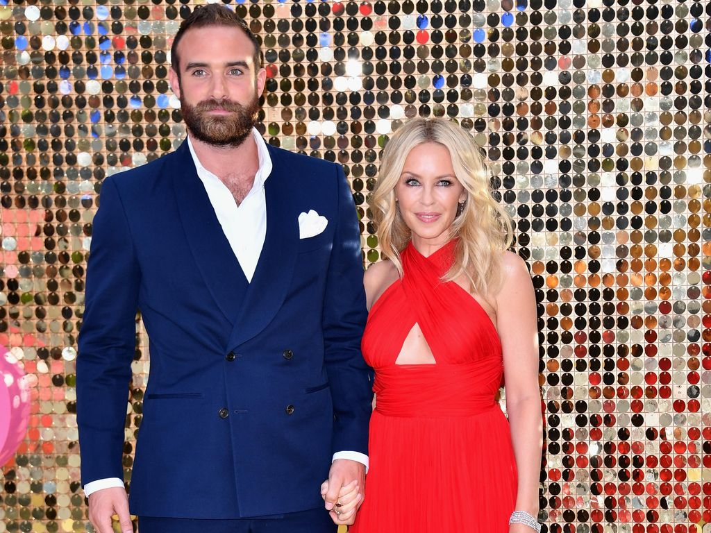 Usia 48, Kylie Minogue Ingin Cepat-cepat Menikah