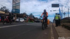 Orang-orang ini Pilih Mudik Gunakan Sepeda dan Tempuh Jarak Ratusan Kilometer
