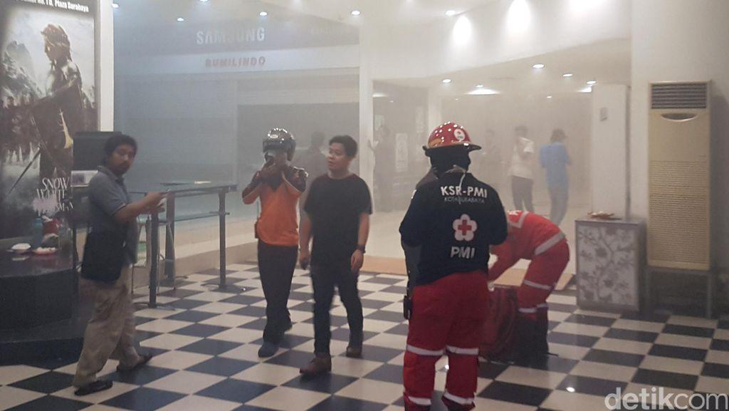 Kebakaran di Plaza Surabaya