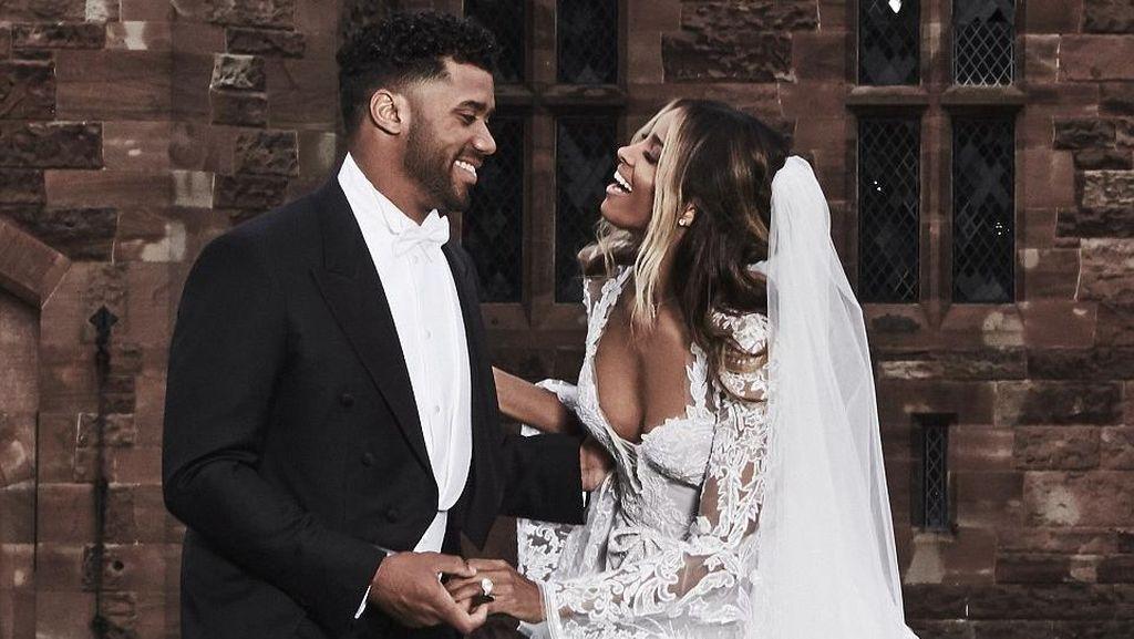 7 Gaun Pengantin Indah Pilihan Selebriti Hollywood yang Menikah di 2016
