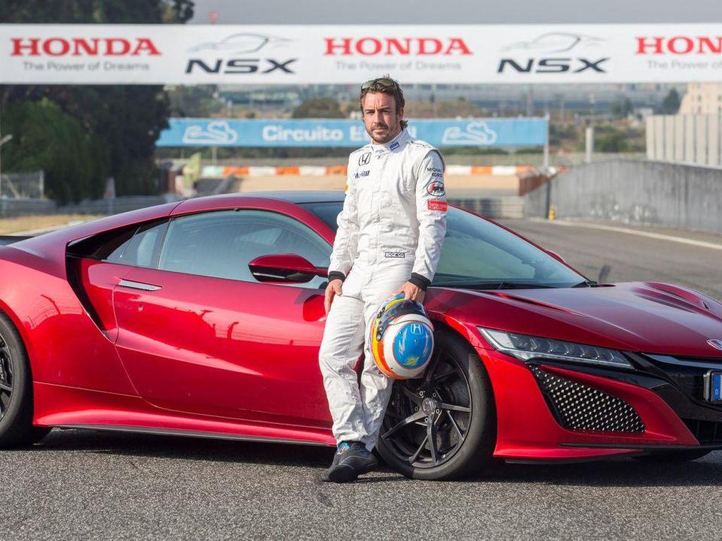 Ketika Fernando Alonso Jajal Honda NSX di Sirkuit Estoril