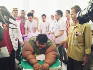 Pemeriksaan Tim Medis RSHS: Bobot Arya 190 Kg, Berbahaya untuk Anak