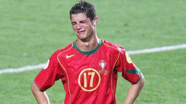 Cristiano Ronaldo di final Euro 2004