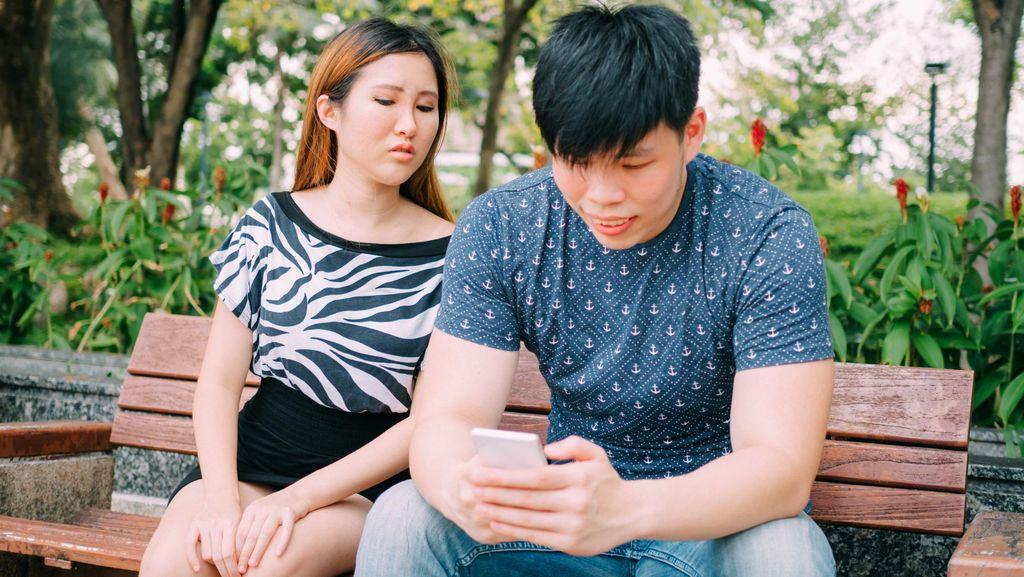 Wanita Ini Bajak Akun Suaminya yang Selingkuh di Tinder
