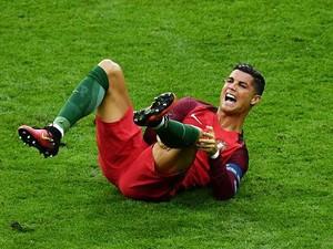 Dokter Plasenta Tangani Cedera Ronaldo?