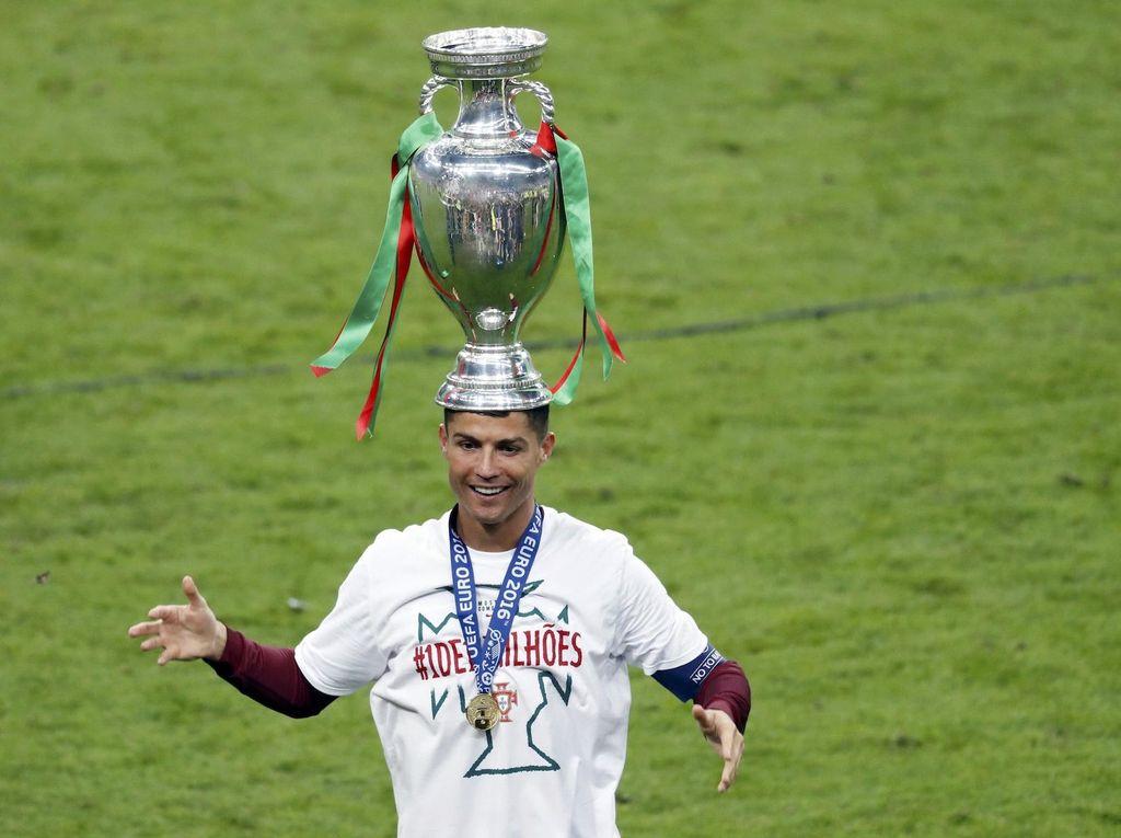 Bisa Bawa Portugal Juara, Ronaldo Terbaik di Dunia