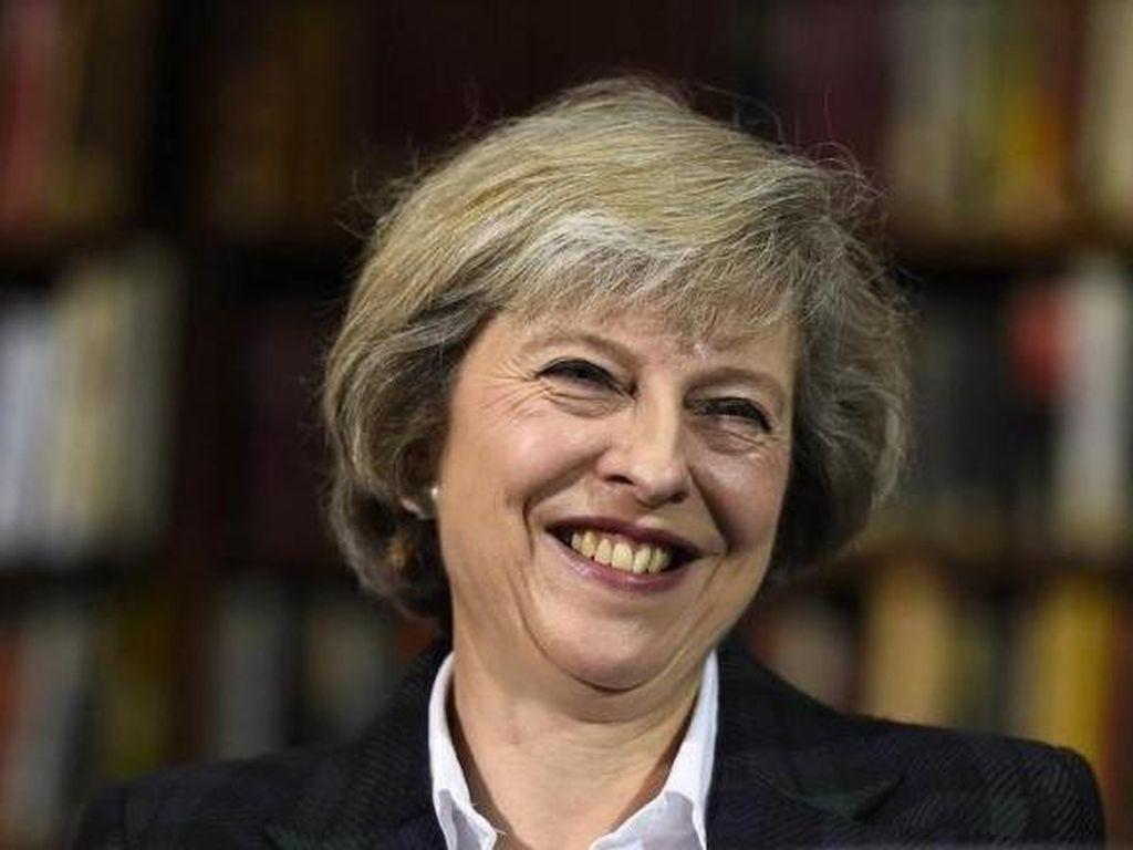 Theresa May akan Jadi PM Perempuan Inggris  Kedua Setelah Margaret Thatcher