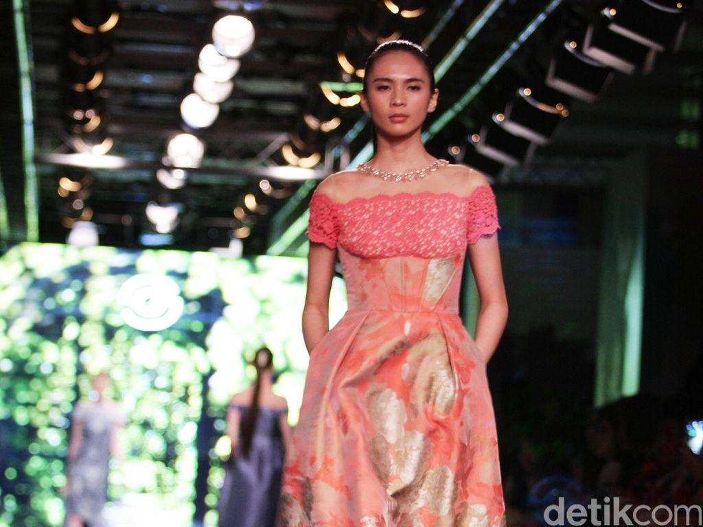 35 Desainer & Label Fashion Ramaikan Plaza Indonesia Fashion Week ke-10