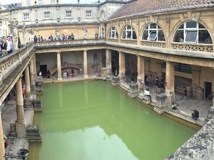 Kota Bath di Inggris & Pemandian Kuno Bangsa Romawi
