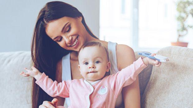 Ilustrasi ajak bayi ngobrol