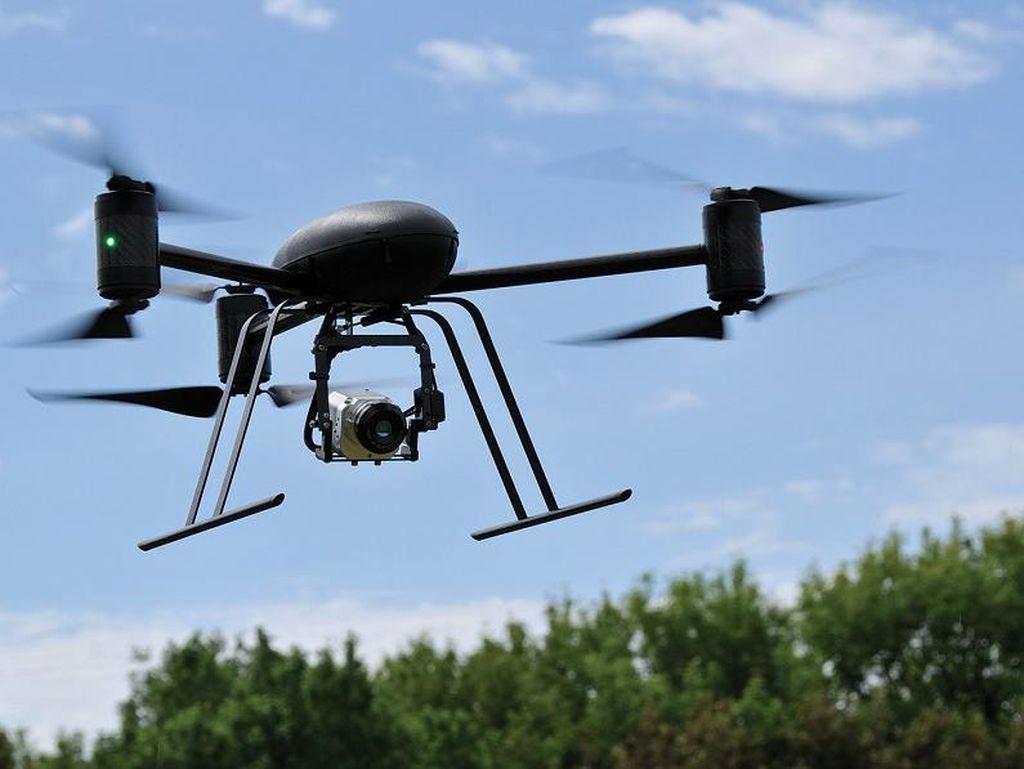 Apple Kerahkan Drone Saingi Google Maps