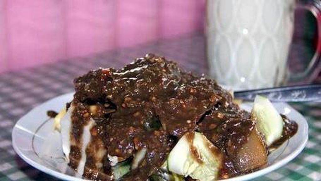 10 Wisata Kuliner Top Untuk Diicipi Bila Liburan ke Surabaya