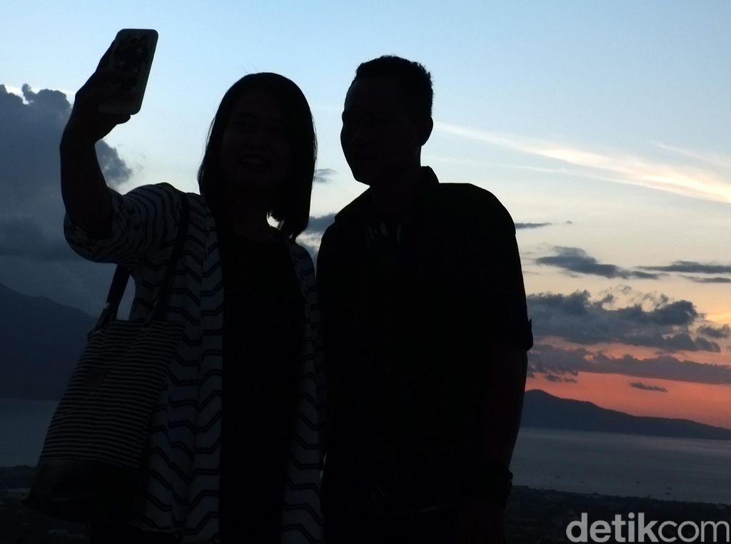 Banyak Turis Selfie Berbahaya, Tebing Ini Bikin Zona Larang Foto