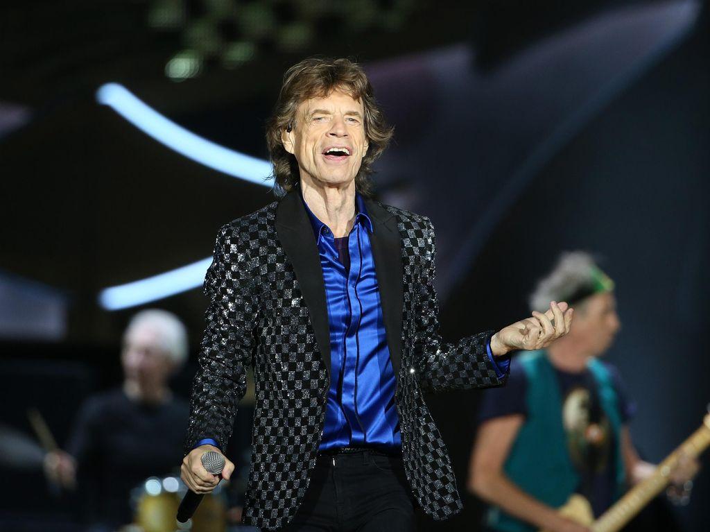 Move Like Jagger! Rahasia Mick Jagger Jingkrak-jingkrak usai Operasi Jantung