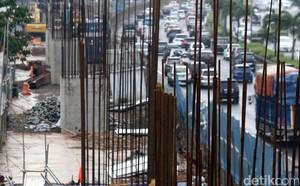 Pekerja Proyek Infrastruktur Masih Libur