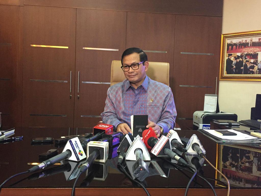 Jokowi Tunjuk 44 Pimpinan Lembaga Baru, Termasuk Kabasarnas
