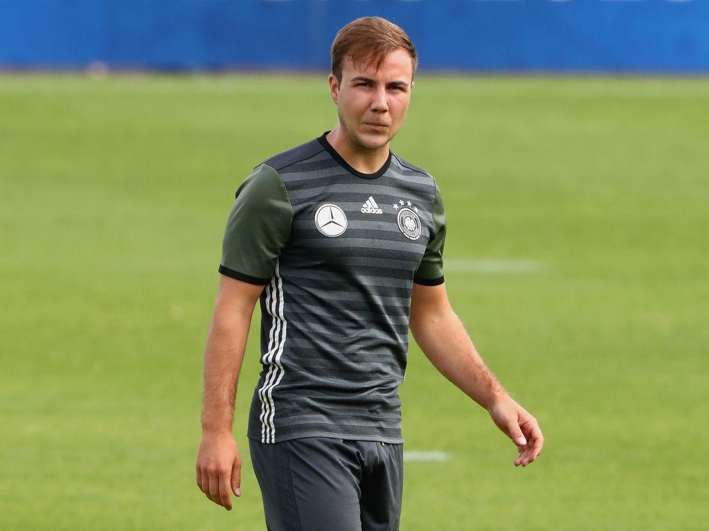Tuchel Puji Keberanian Goetze Kembali ke Dortmund