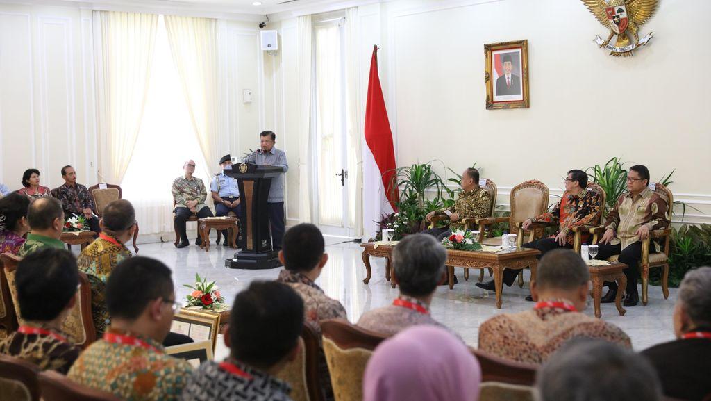 Ridwan Kamil Hingga Isyana Dapat Penghargaan Intelektual dari Kemenkum HAM