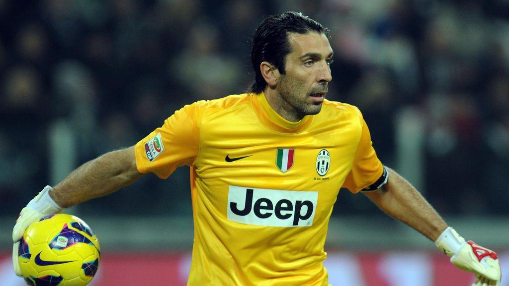 Buffon Tatap Laga ke-600 Serie A