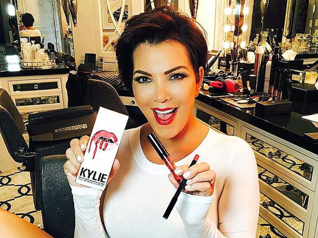 Kris Jenner Banjir Ucapan Selamat dari Netizen