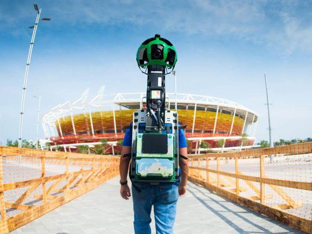 Pria Ini Sendirian Rekam Google Street View di Zimbabwe