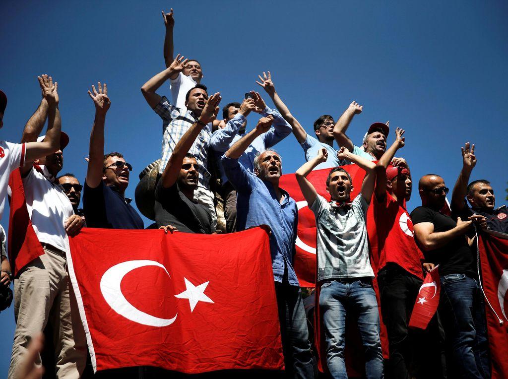 Rektor Istanbul Tegaskan Tak Akan Mundur Meski Diprotes Mahasiswa
