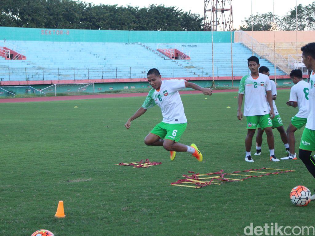 Bidik Tiga Besar, Surabaya United Incar Kemenangan Saat Menjamu Gresik