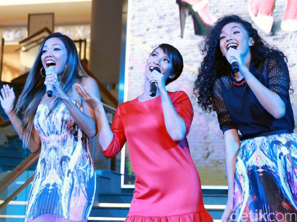 Penampilan Centil Tiga Dara Modern