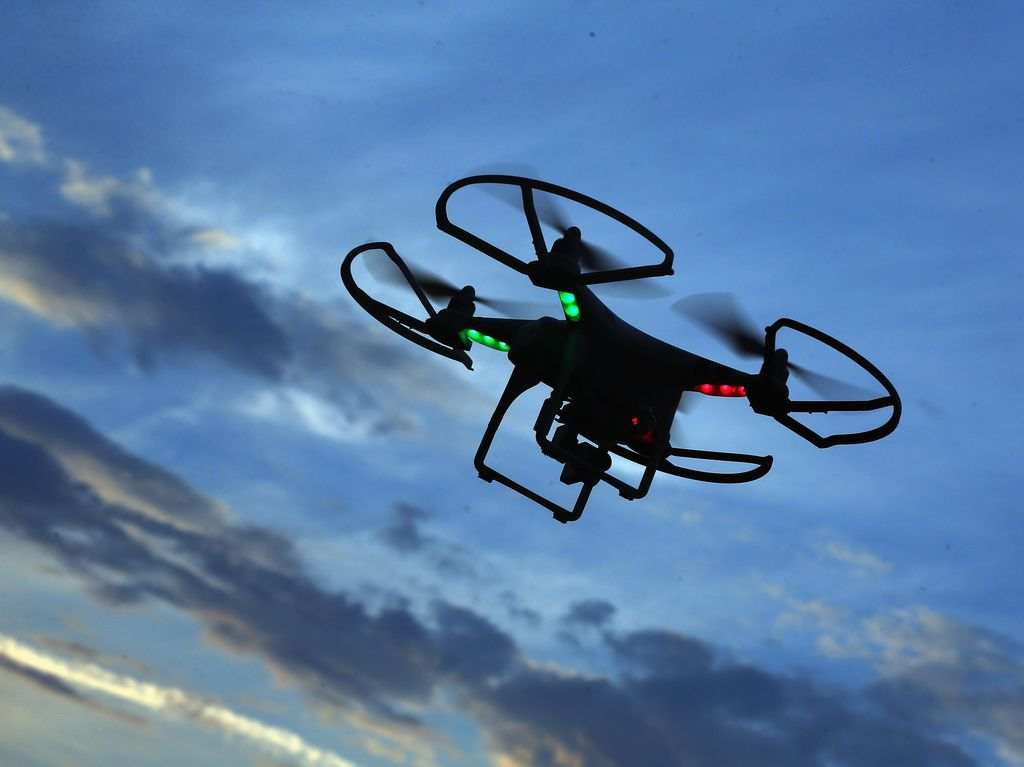 Terbangkan Drone Dekat Pesawat, Pria Ini Ditangkap