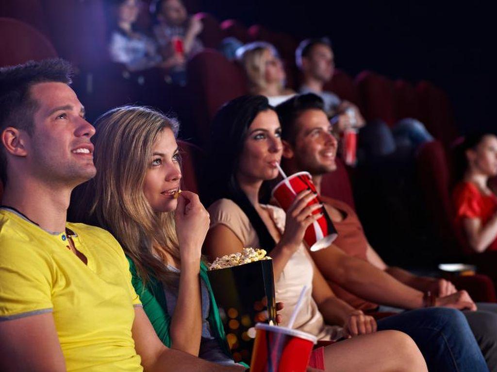 Biar Sama-sama Enak, Ini 8 Etiket yang Perlu Kamu Tahu Saat Nonton Bioskop