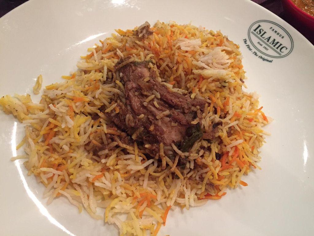 Sedap Berempah Nasi Biryani Legendaris dari Islamic Restaurant