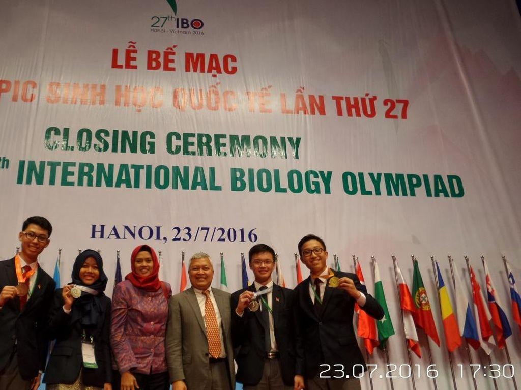 Pelajar Indonesia Raih Medali Emas di Olimpiade Biologi di Vietnam