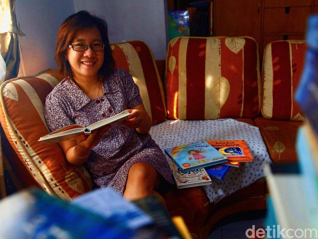 Clara Ng Seimbangkan Aktivitas Menulis dan Sebagai Ibu