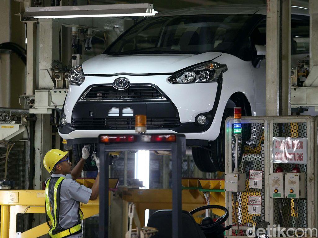 Toyota Bersiap Produksi Mobil Listrik di Indonesia