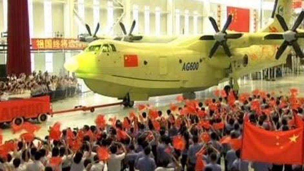 China Luncurkan Pesawat Amfibi Terbesar di Dunia, Ini Penampakannya