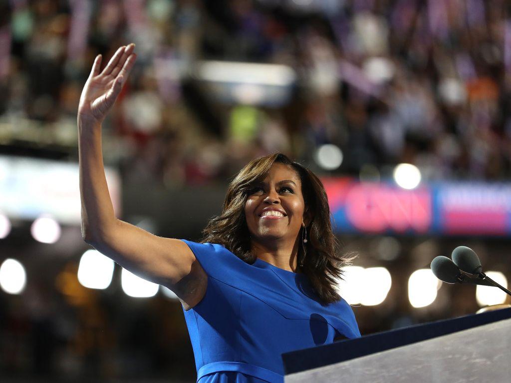 Kritik Sadis Michelle Obama untuk Trump yang Disebut Rasis