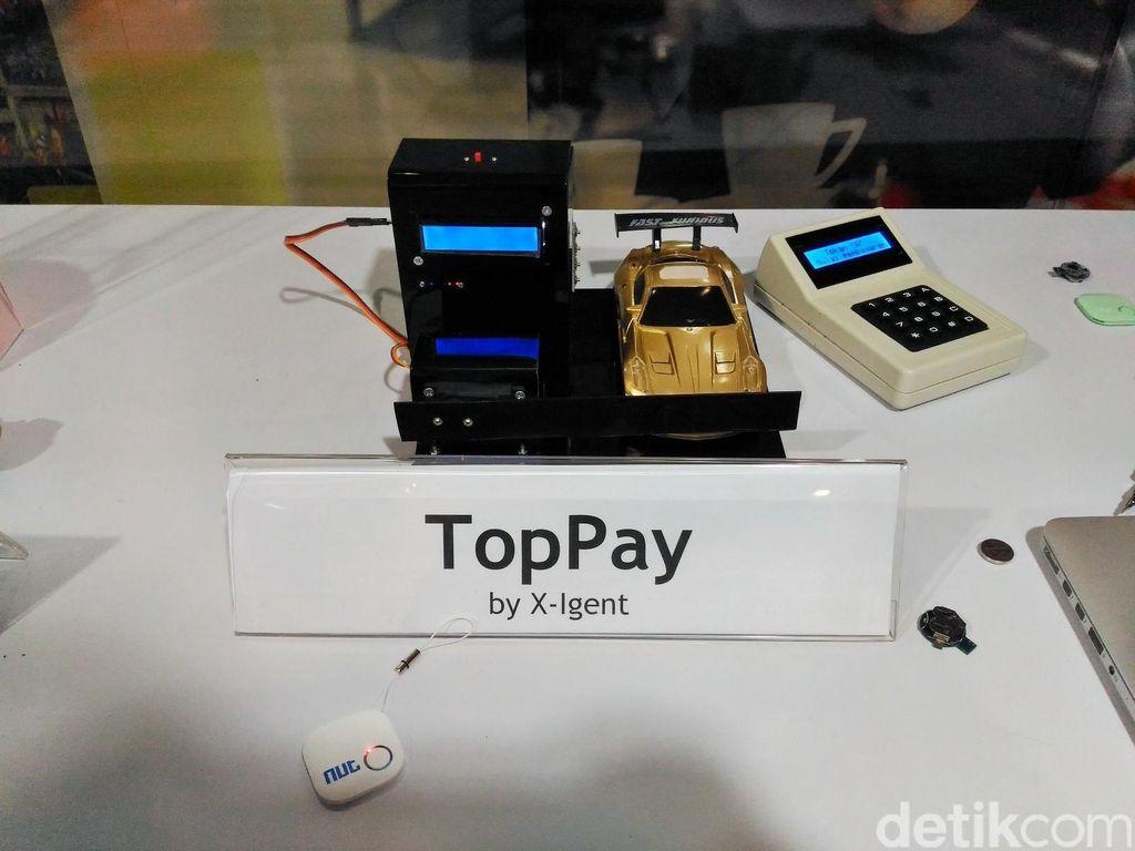 TopPay, Gantungan Kunci yang Bisa Bayar Parkir Otomatis