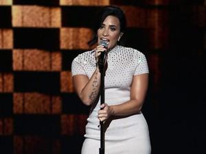 Heboh Foto Syur Tersebar, Ini Kata Demi Lovato