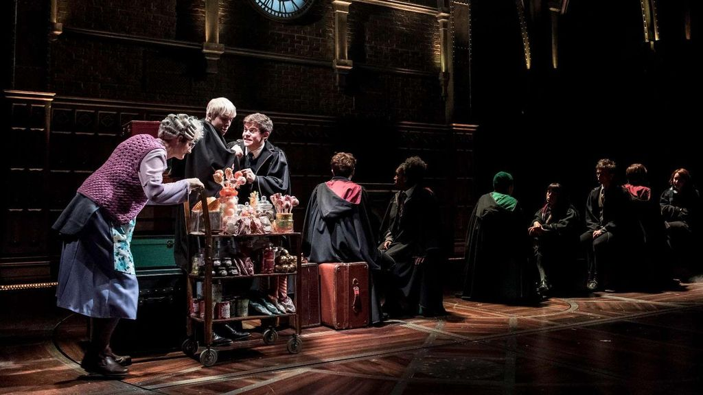 Harry Potter and the Cursed Child Berencana Debut Broadway 2018