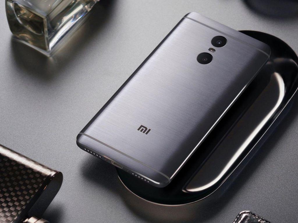 Xiaomi Siapkan Redmi Pro Varian Mini