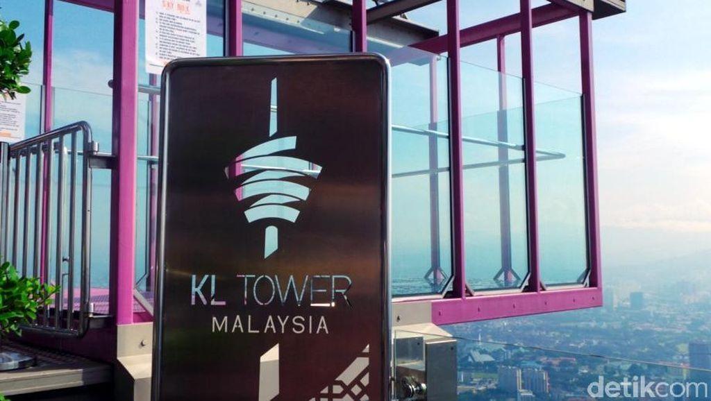 Ngeri-ngeri Sedap, Melayang di Kuala Lumpur