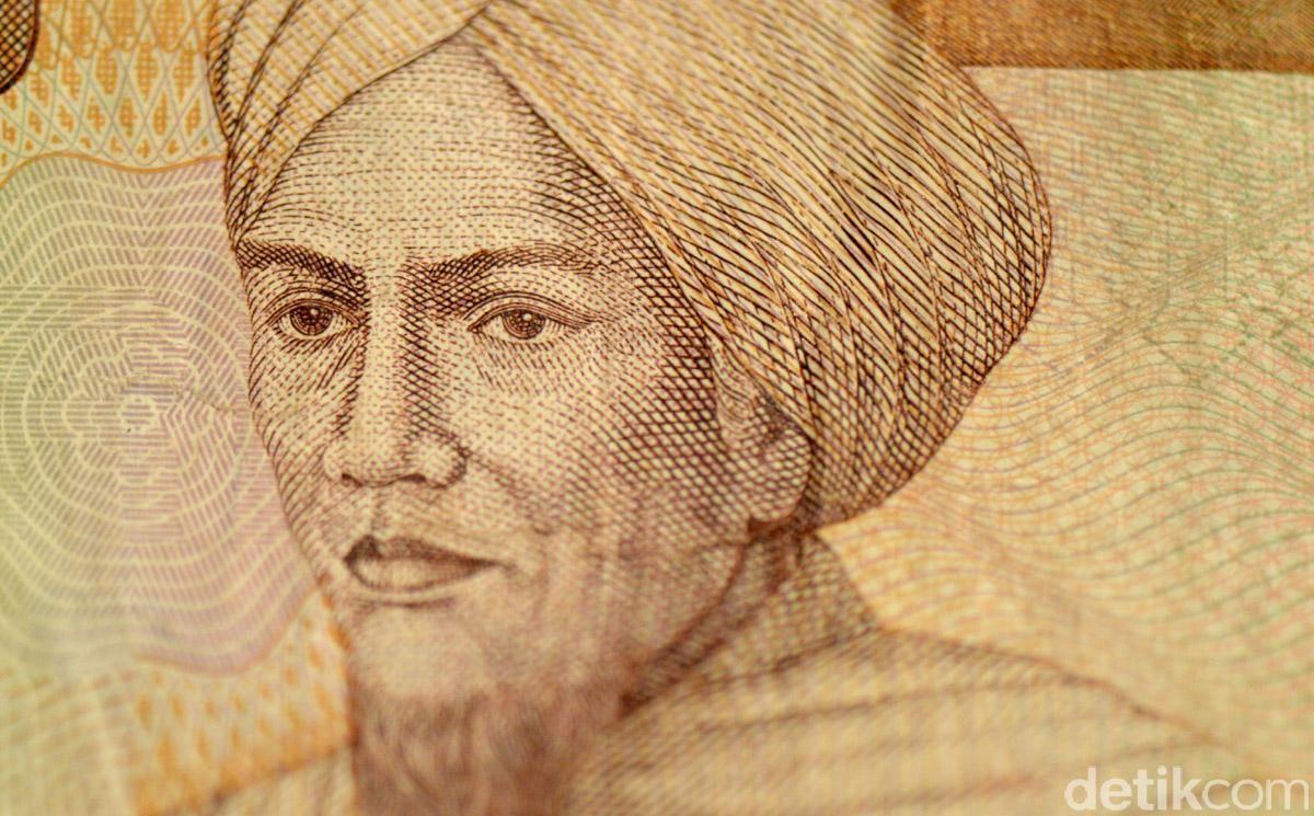 Gambar pahlawan Imam Bonjol dalam pecahan uang Rp 5.000