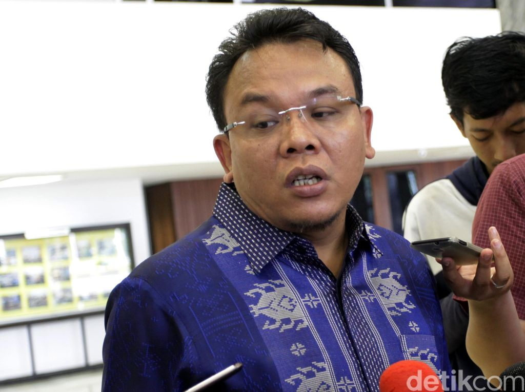 Sandi Dipastikan Balik ke Gerindra, PAN: Spekulasi Pindah Partai Dihentikan