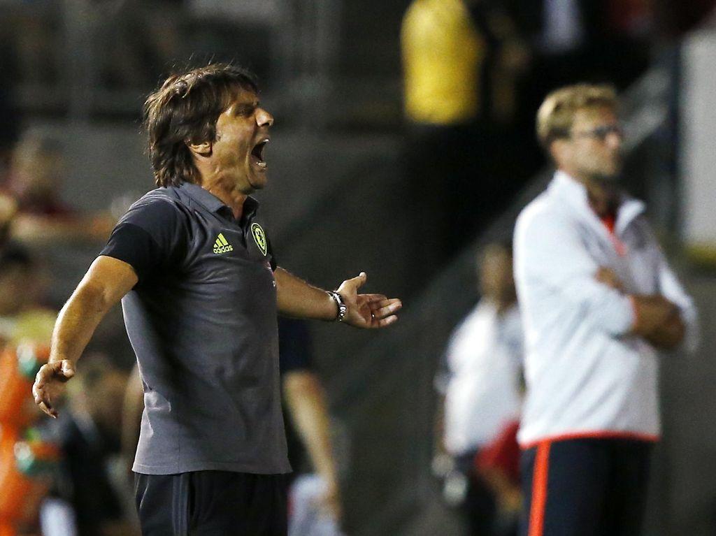 Conte yang Suka Teriak-Teriak dan Suara Seraknya di Chelsea