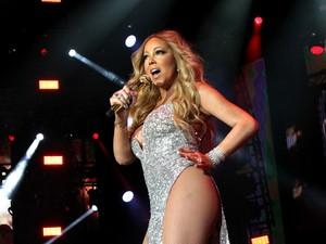Duh! Mariah Carey <i>Lip Sync</i> di Pesta Pergantian Tahun