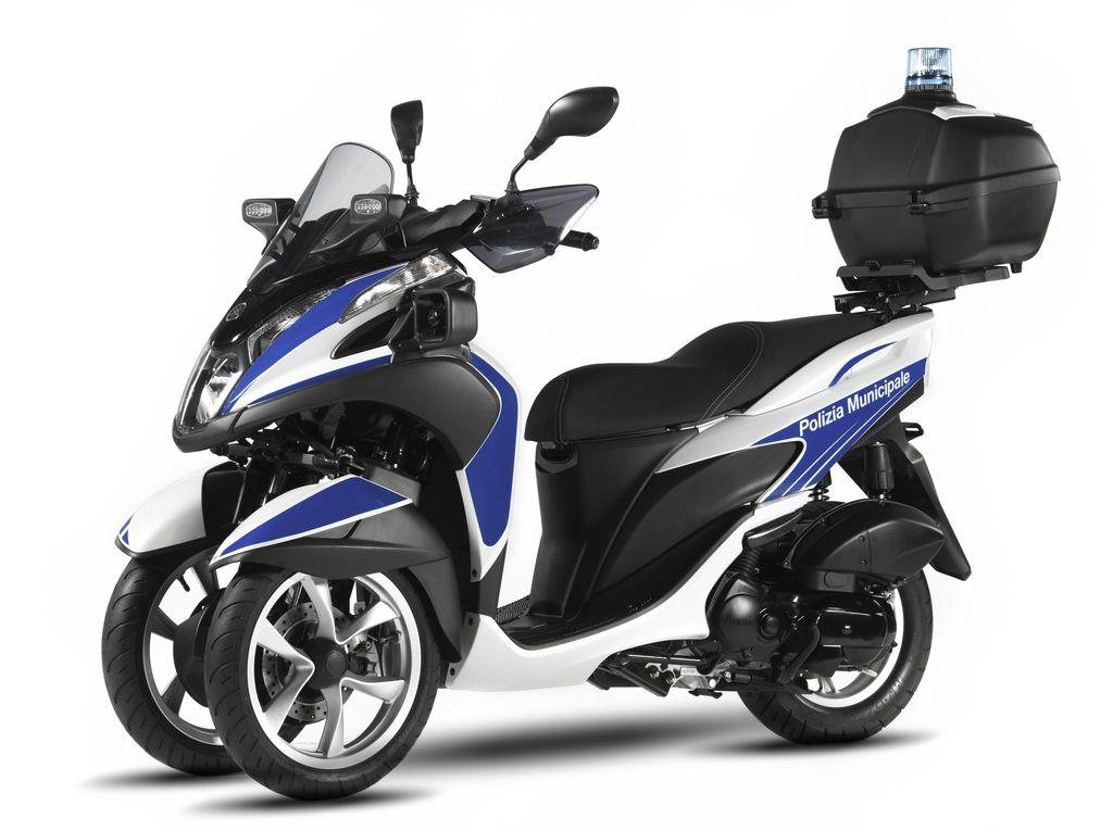 Skuter Roda Tiga Yamaha Tricity 125 Jadi Motor Polisi