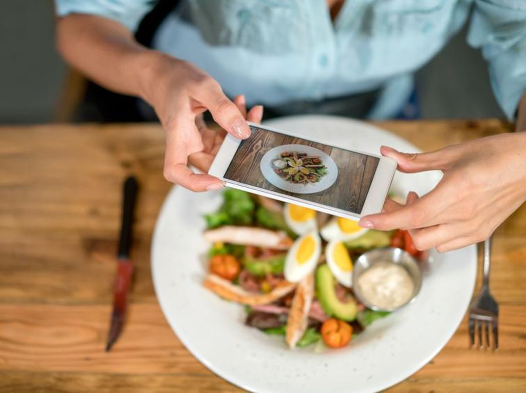 Waduh, Pemilik Resto Berbintang Michelin Ini Larang Tamunya Foto Makanan!