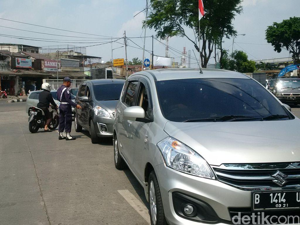 Awas Macet! Driver Taksi Online akan Demo dari IRTI-Istana Pagi Ini